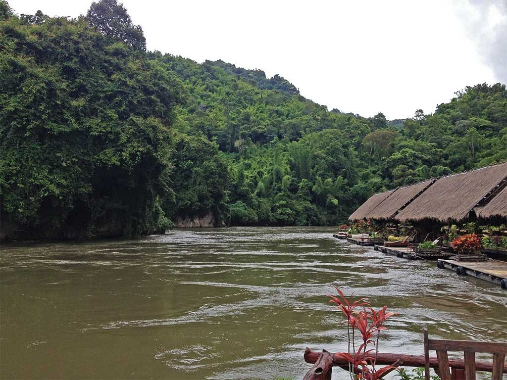 Thailand-VIP-Trail.River-raft