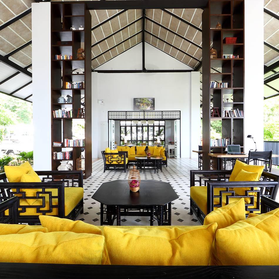 Thailand.Khao_Lak.Ceracea.lobby